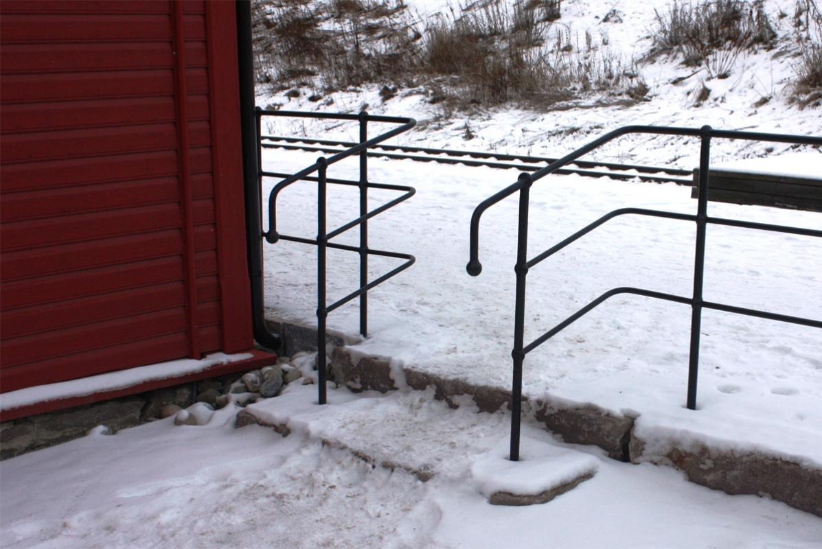 Rekkverk ved trapp Alvdal Stasjon