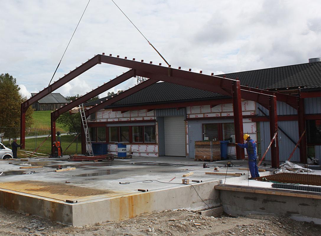 Norbitec Røros stålkonstruksjon fra Høyre
