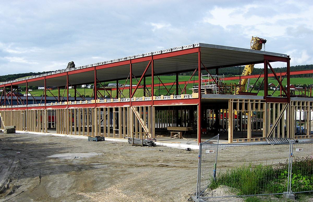 Næringsbygg Tynset stålkontruksjon